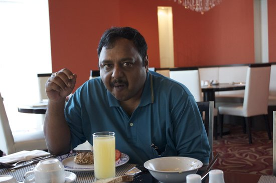 Radisson Blu Residence, Dubai Marina : Breakfast