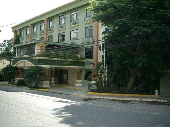 Photo of Hotel & Suites El Picacho Tegucigalpa