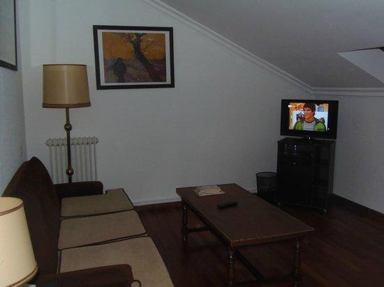 Hotel Conde Rodrigo II: SALON