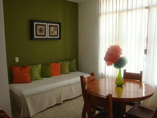 Catedral Vallarta Boutique Hotel: Sitting area room 34