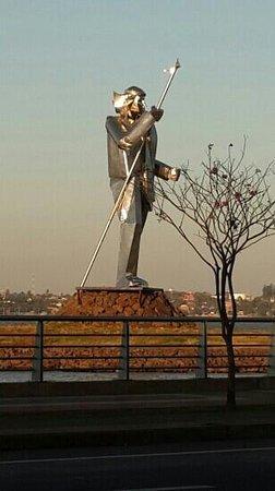 Monumento Andres Guazurari