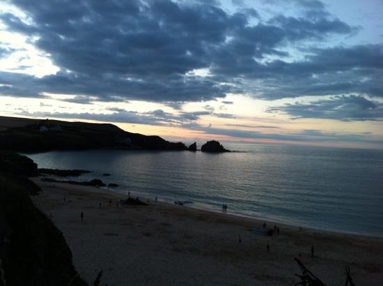 Mother Ivey's Bay Holiday Park: sun set
