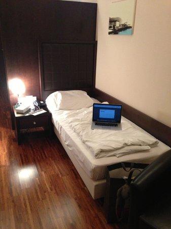 Hotel Sandwirth: Bett