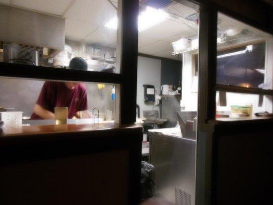 Mi's Italian Bistro : kitchen at work
