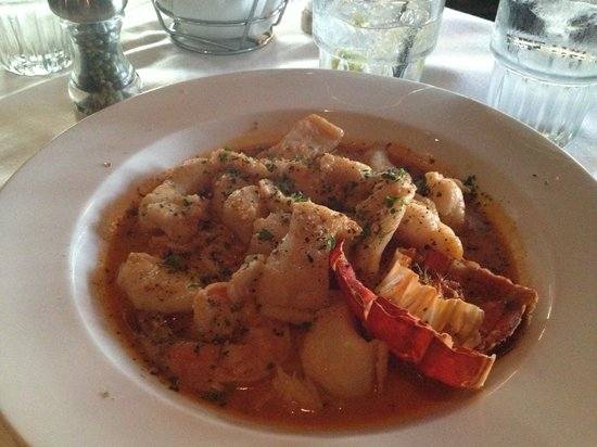 La Quinta Cliffhouse Grill and Bar: Seafood Stew