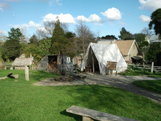 Howick Historical Village: The early fencible tents