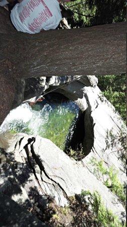 Jamaica State Park: Top of Hamilton Falls