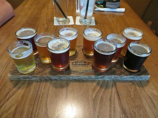 Three Creeks Brewing: 10 Beer Sampler