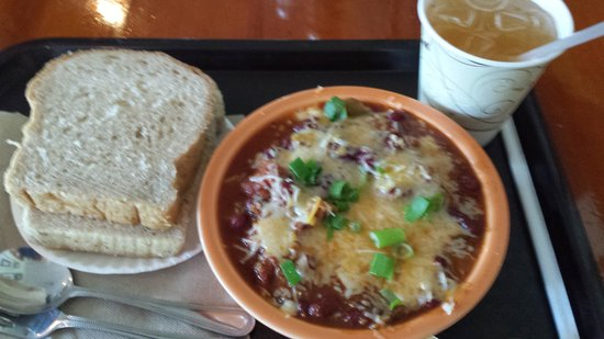 Loaf & Ladle: chili was great, bread was stale
