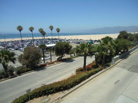 Ocean Avenue: View of beach and PCH