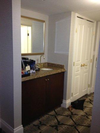 Magnolia Hotel And Spa: Room