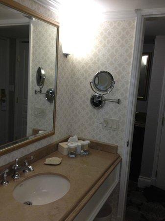 Magnolia Hotel And Spa: Bathroom