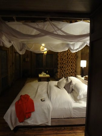 andBeyond Lake Manyara Tree Lodge: room