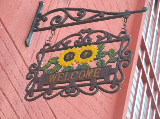Il Girasole: Entrance Sign
