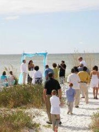 Sun N Fun Beachfront Vacation Als Very Small Wedding Allowed If We Have Availability