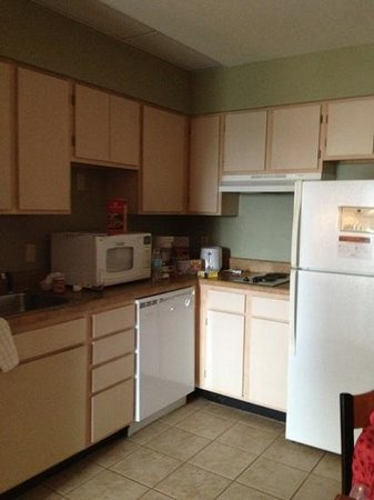 Hawthorn Suites by Wyndham Orlando Lake Buena Vista : The kitchen