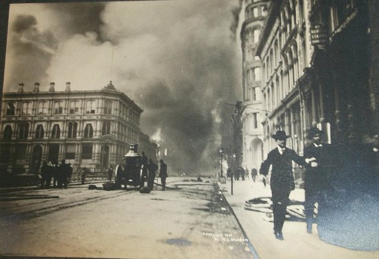 Art In Motion Vintage Motorcycle Museum: One of the great photos I got to see of SF earthquake and fire of 1906