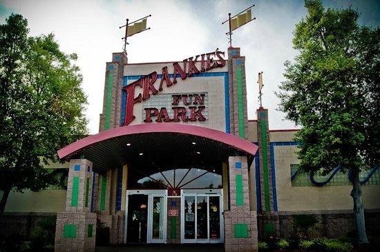 Frankie's Fun Park: Front Door