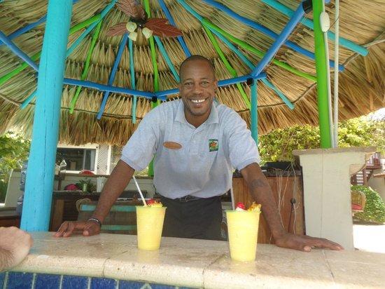 Jaguar Reef Lodge & Spa: Richard - yet another BEST Bartender Award!