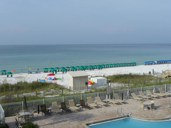 Sterling Sands Condominiums: View from Unit 205 balcony