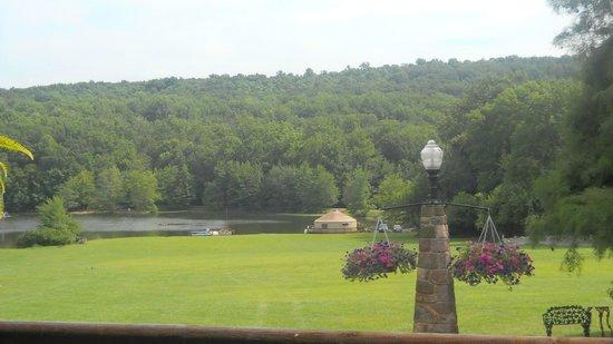 Lake in Wood Resort: Lake