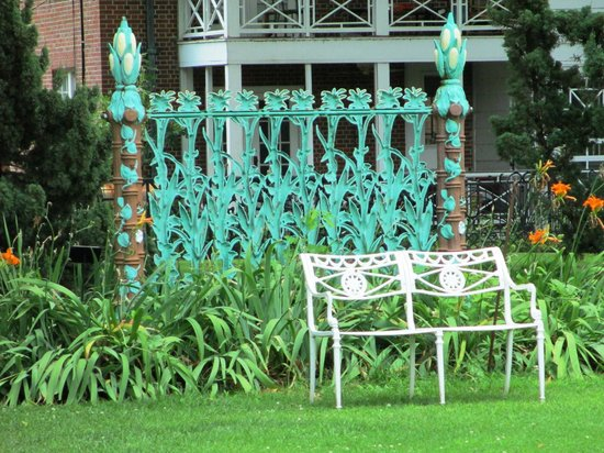 Metal Museum : Cornstalk fence section. Reminded me of Royal St.