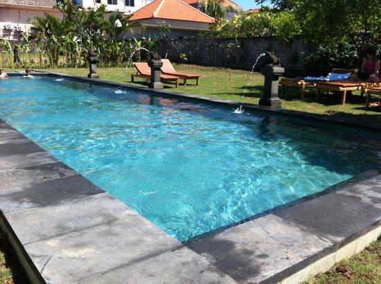 Si Doi Hotel: Pool