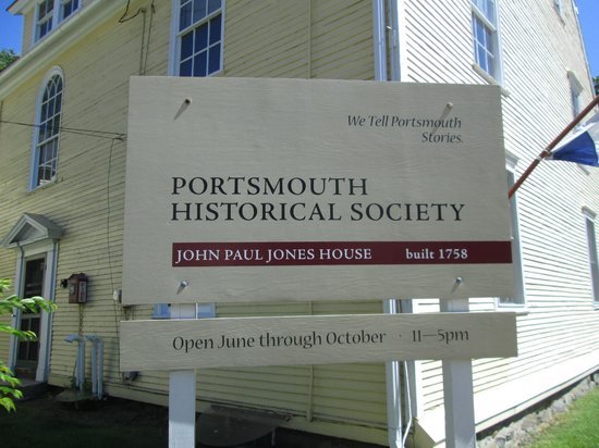 John Paul Jones House : sign