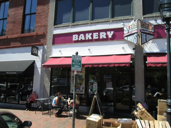 The Works Bakery Cafe: The Works Bakery