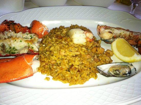 Taberna del Alabardero Washington D.C : Seafood and Lobster Paella