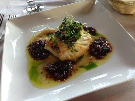 Marianna Ristorante: Pan seared halibut