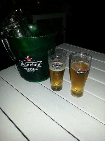 Coastes: Bucket of draft Heineken was great for warm evening