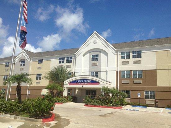 Candlewood Suites Galveston: Front entrance