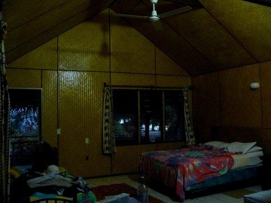 Inano Beach Bungalows : Inside Garden Bunglaow