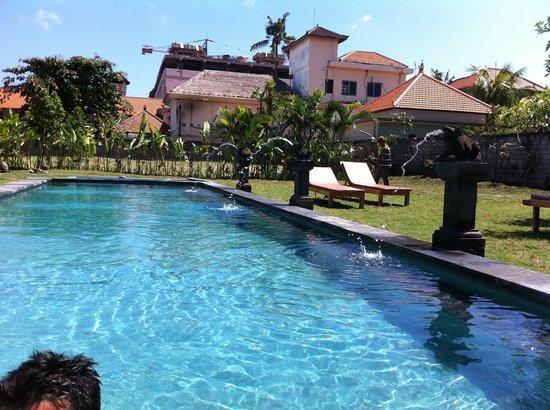 Si Doi Hotel : Pool