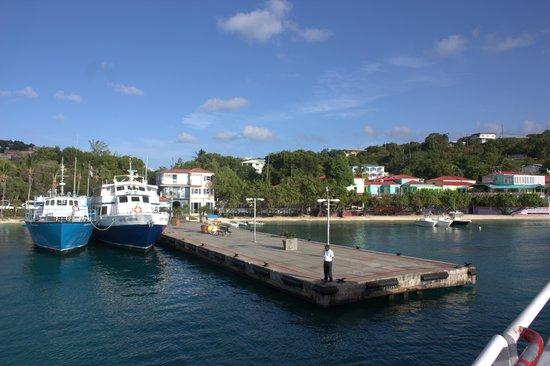 Cruz Bay Boutique Hotel: Cruz Bay ferry pier