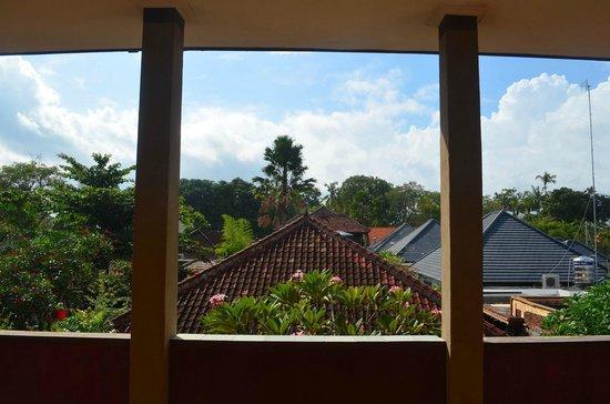 Meriki: Nice view.