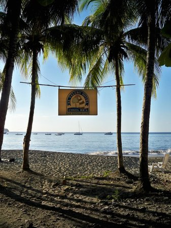 Hotel El Velero : Restaurant beach access