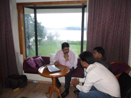 Hotel Brahamputra Ashok: Room 203
