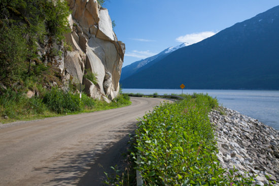Chilkoot Trail Outpost: Dyea Road