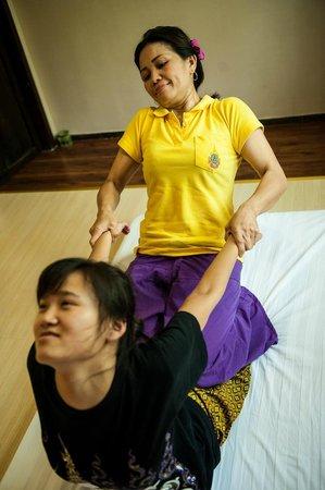 imperial thai massage thai solna