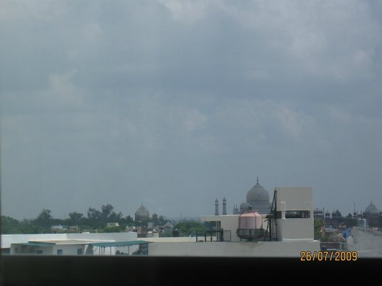 The Gateway Hotel, Agra: Partial view of Taj from the room