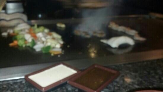 Sake Hibachi and Sushi Bar: hibashi shrimp steak and seabass