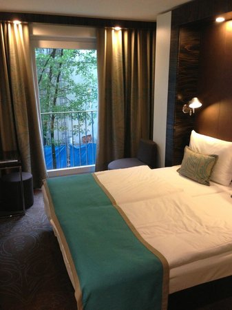 Motel One Munchen-Deutsches Museum: Room