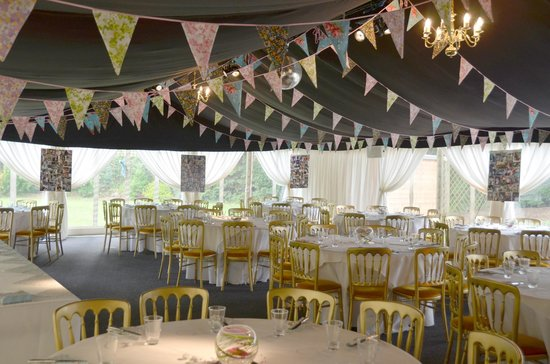 Boxmoor Lodge Hotel: The marque at Boxmoor Lodge is so versatile