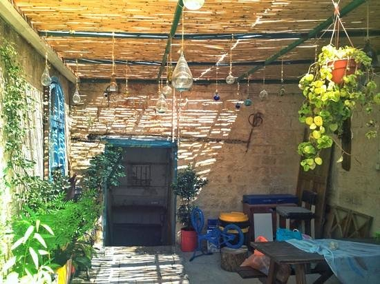 Simsim Guest House : One corner of the courtyard - lovely!