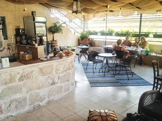 Simsim Guest House : Bar and eating area