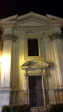Piazza di Santa Maria in Trastevere: santa maria