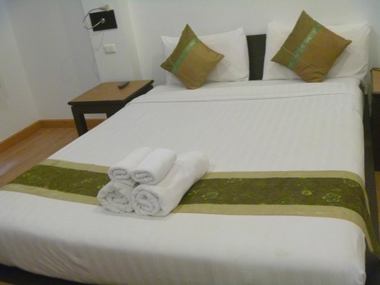 3rd street cafe & Guesthouse : deluxe room