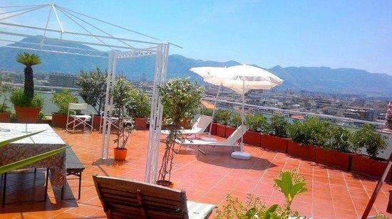 Il Solarium panoramico ed esclusivo di Attic 12 b&b Palermo